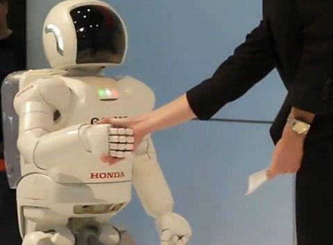혼다의 휴머노이드 로봇 아시모(ASIMO).