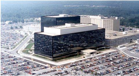 """NSA, 삼성·화웨이 장비에도 스파이웨어"""