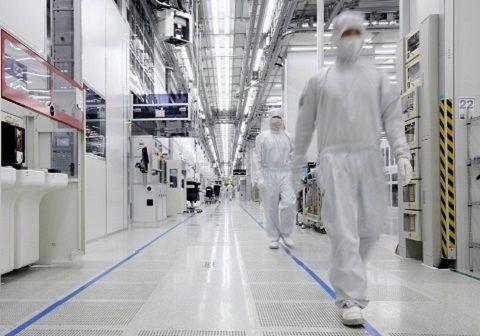 정체된 메모리 시장, 삼성에 초격차 기회