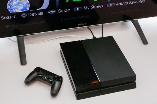 플스방에서는 대형 TV와 PS4를 활용해 영업을 하고 있다.