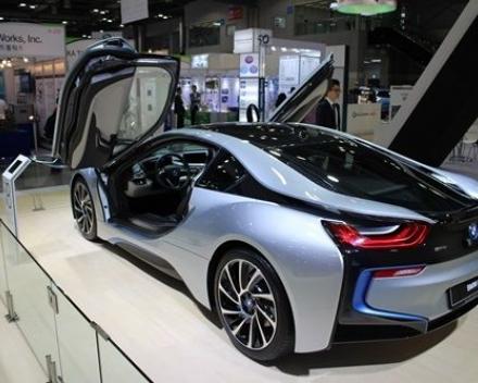 BMW i8, 전기차학술대회서 더 가까이 본다