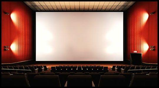 영화가 시작되면 실제 극장처럼 좌석들이 어두워 진다.