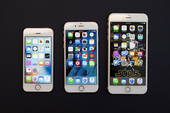 아이폰SE, 아이폰6S, 아이폰6S 플러스의 모습. 맨 왼쪽이 아이폰SE다. (사진=씨넷)