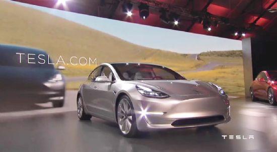 테슬라, 모델 3 공개 '최대 346km 주행가능'