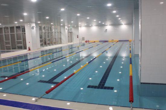 장애인의 물리치료와 주민의 문화시설로 쓰일 예정인 수영장.