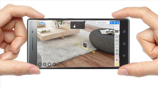 구글 증강현실 프로젝트 '탱고'를 지원하는 첫 스마트폰인 레노버 '팹2 프로' (사진=레노버)