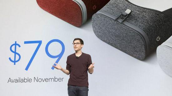 10월 초 구글은 데이드림뷰과 컨트롤러를 공개했다. (사진=씨넷)