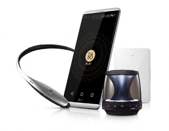 LG전자는 V20 구매 고객에 블루투스 헤드셋인 'LG 톤플러스(HBS-900)', 블루투스 스피커인 'PH1', '배터리팩' 등 20만7천원 상당의 사은품을 5천원에 제공한다. (사진=LG전자)