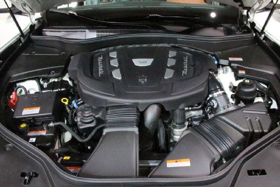최고출력 275마력 최대토크 61.2kg.m의 성능을 발휘하는 마세라티 르반떼 3.0 V6 터보 디젤 엔진룸 (사진=지디넷코리아)