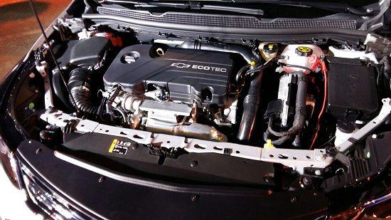 올 뉴 크루즈 1.4 가솔린 터보 엔진룸(사진=지디넷코리아)