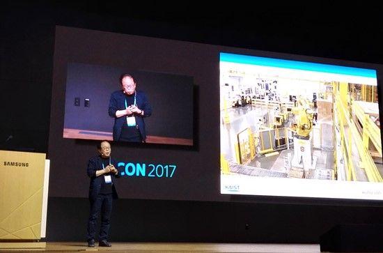 인간형 로봇 '휴보'의 아버지라 불리는 한국과학기술원(KAIST) 오준호 휴머노이드로봇연구센터장(기계공학과 교수).