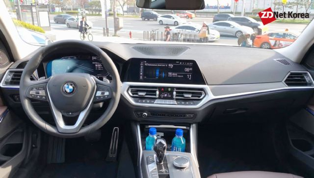 BMW 7세대 3시리즈 실내 (사진=지디넷코리아)
