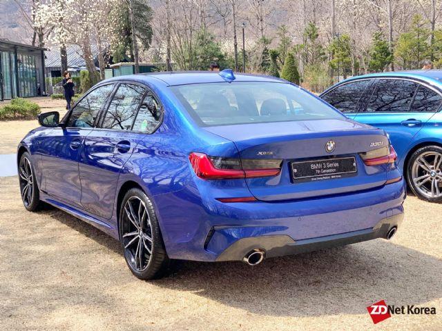 BMW 7세대 3시리즈 뒷모습 (사진=지디넷코리아)